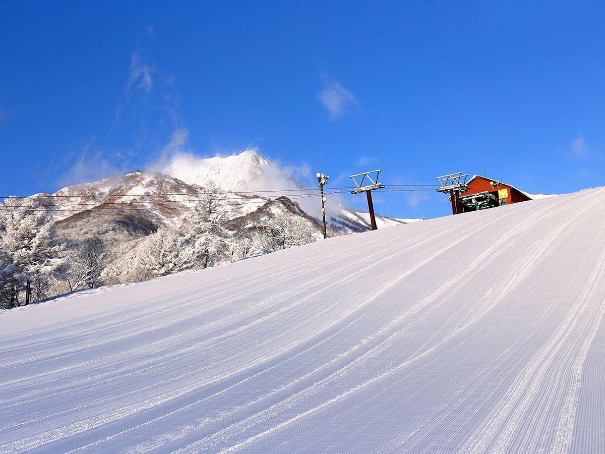 赤倉温泉スキー場のゲレンデ写真